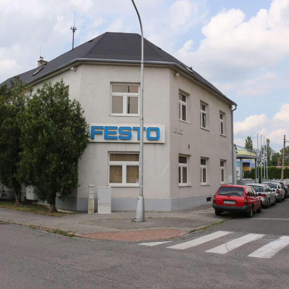 Usage: Commercial,Area: 603m²,Country: Slovakia